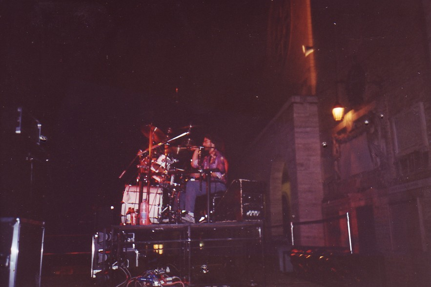 1993 - On stage