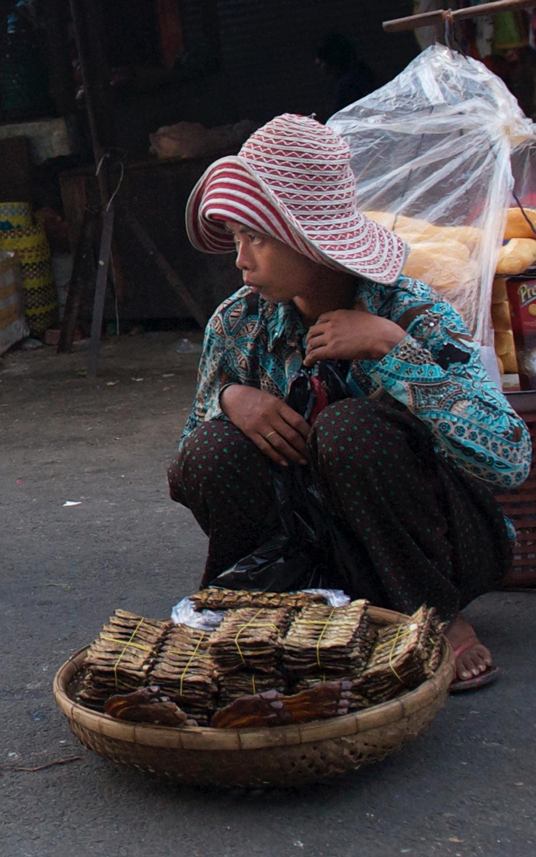 2010_1216 Phnom Penh_ 2947 copy copy.jpg