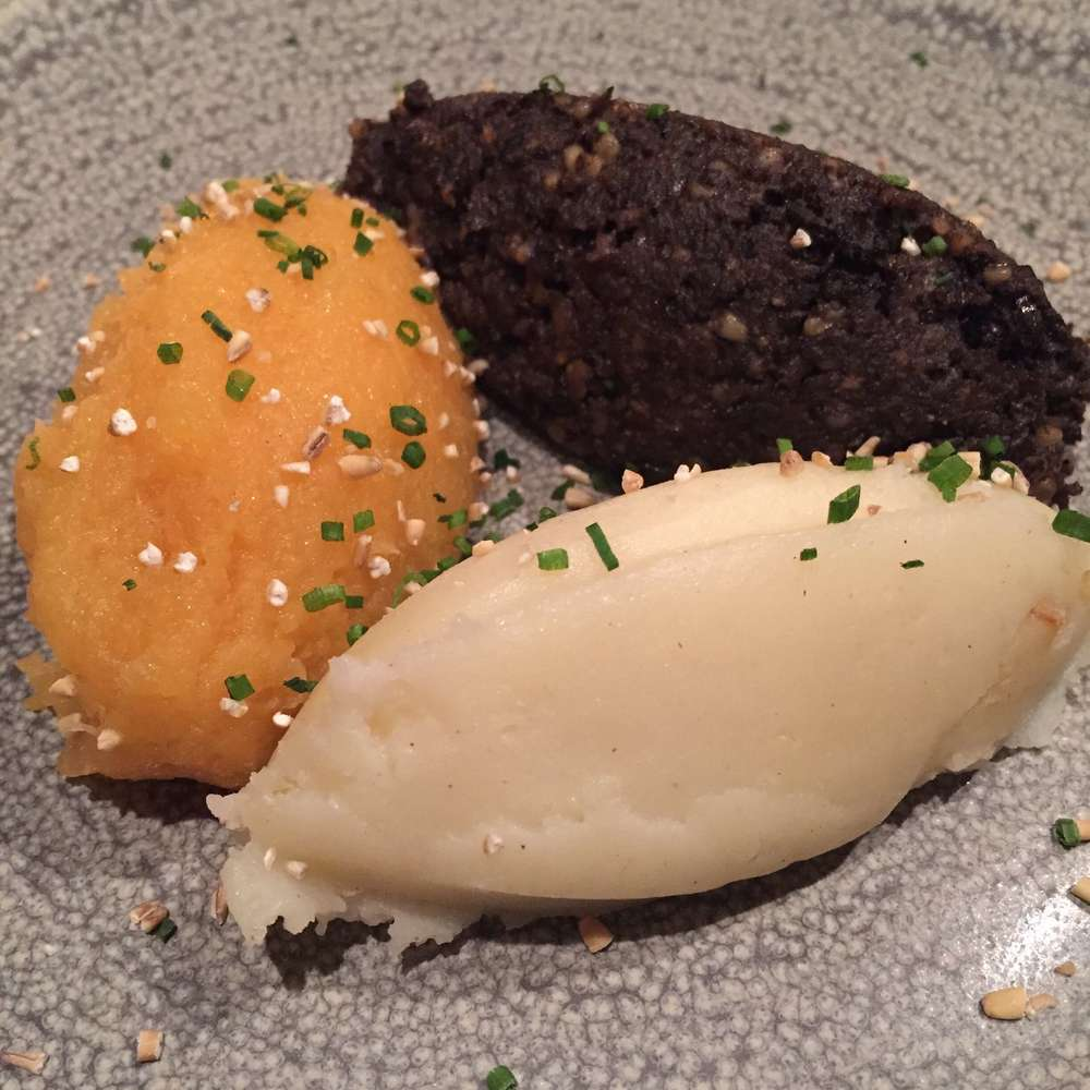 Haggis, mashed neeps, champit tatties © Traverate
