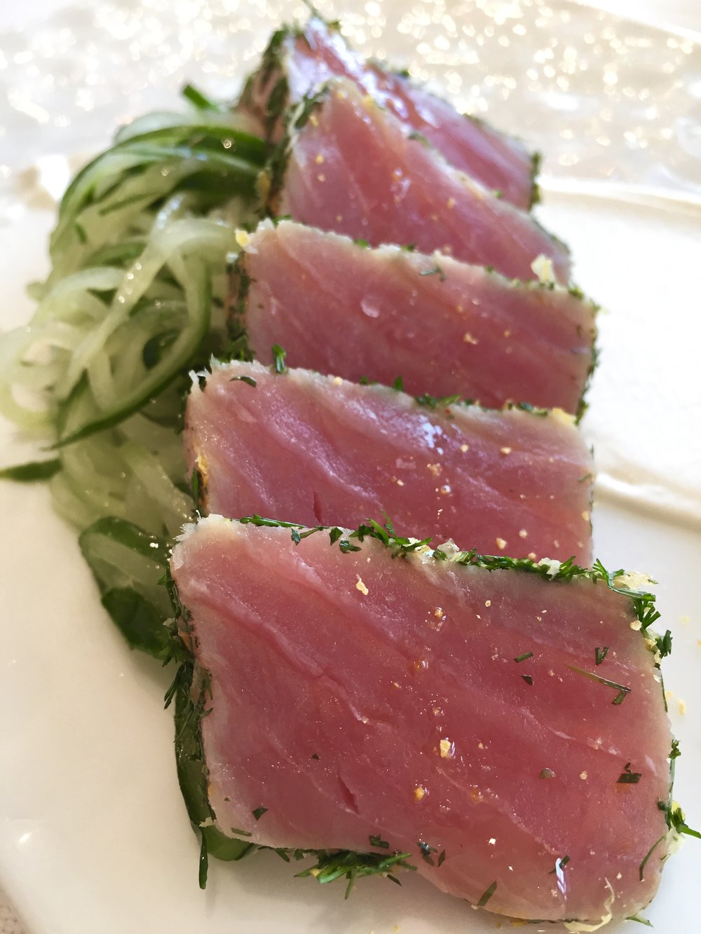 Marinated tuna, citrus, coriander, sweet pimento