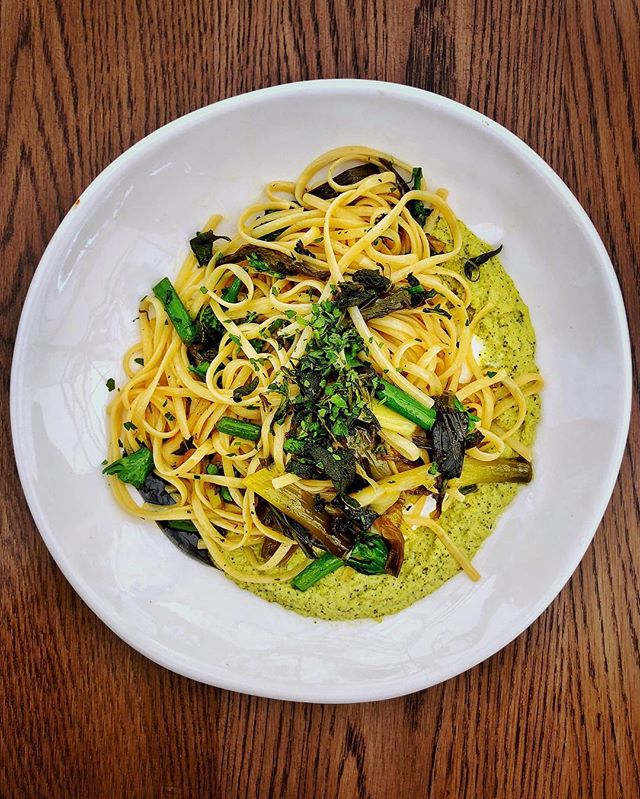 A little Italian inspired lunch 🇮🇹🍝👍🏼 Delectable asparagus and sage tagliatelle from @tashascafe #SAFoodGuru ============================================= #foodie_features #foodiefinds #f52grams #finedine #foodvsco #tagliatelle #italiancuisine #italianfood #italianlunch #pastalovers #cuisine_captures #beautifulcuisines #onmyplate #onmytable #food24_sa #restaurantreview #alfrescodining #foodiesofig #intsafood #tashascafe