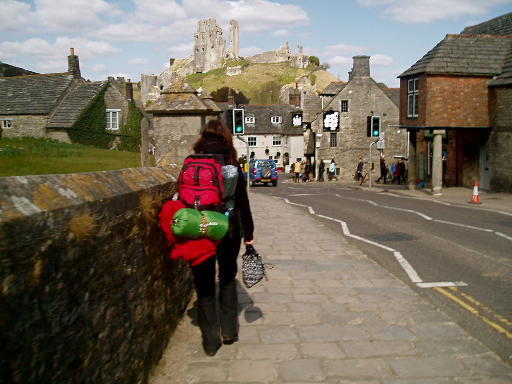 Walking to Corfe Castle, Dorset