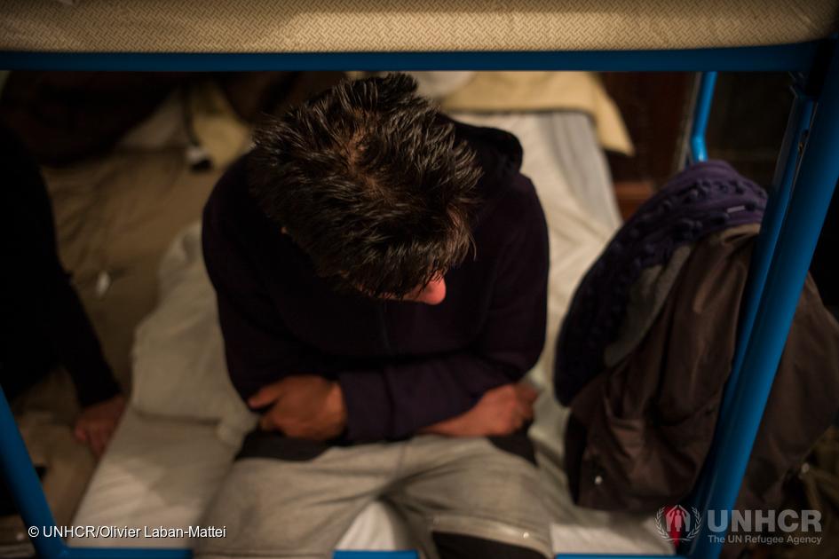 Stortinget har innført nye «sårbarhetskriterier» i behandlingen av sakene til enslige mindreårige asylsøkere. Men uten å gjeninnføre rimelighetsvilkåret i internfluktvurderingen fortsetter folkerettsbruddet.  foto: unhcr/olivier laban-mattei