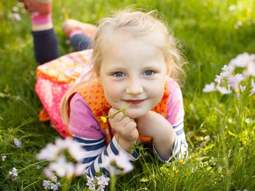 Caroline_Gros_Kinderportrait_Natur_002.jpg