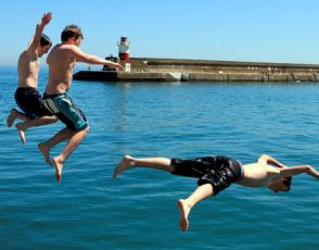 Jetty Jumpers