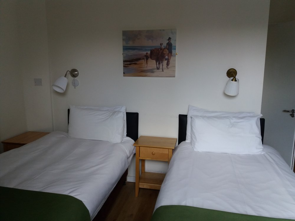 Room1BB.jpg