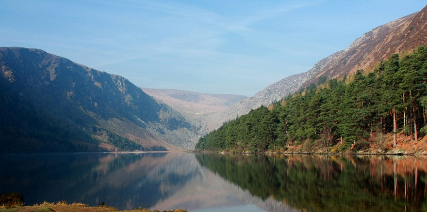 glendalough upper lake880pixwide.jpg