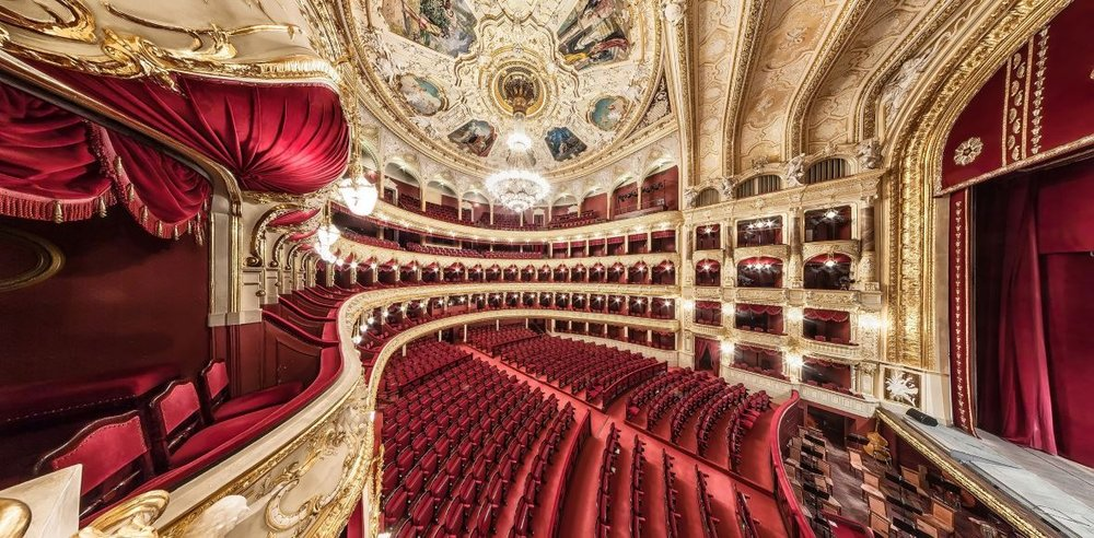 Teatro-Real foto.jpg