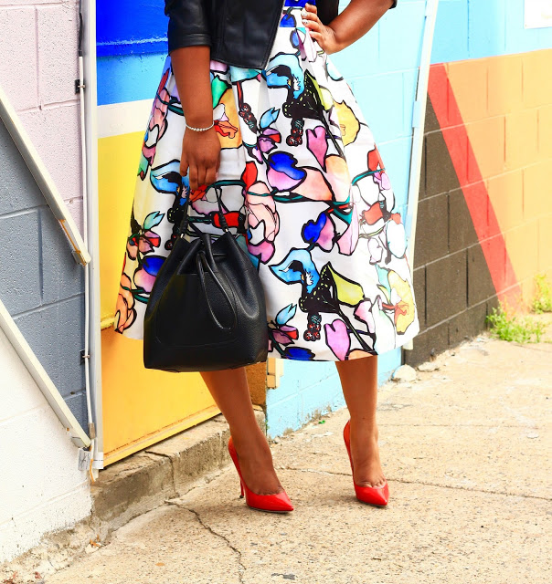 35ba1b55bc How to Wear a Midi Skirt for Short Women — Style & Poise