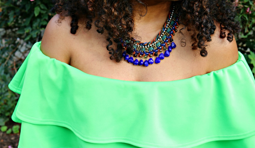 Style & Poise: Cobalt Statement Necklace