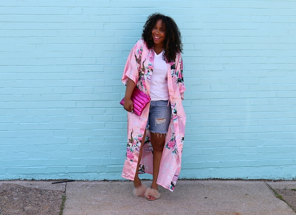 Casual Chic: Distressed Denim, Pink Kimono and Fur Slides
