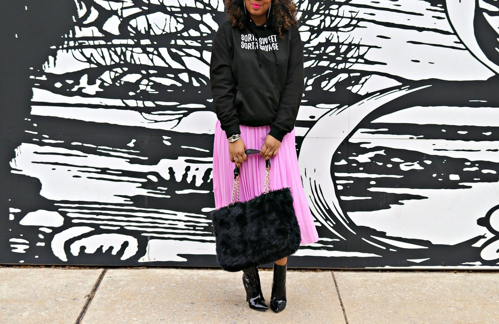 Athleisure, Winter Fashion, Pink pleated midi skirt