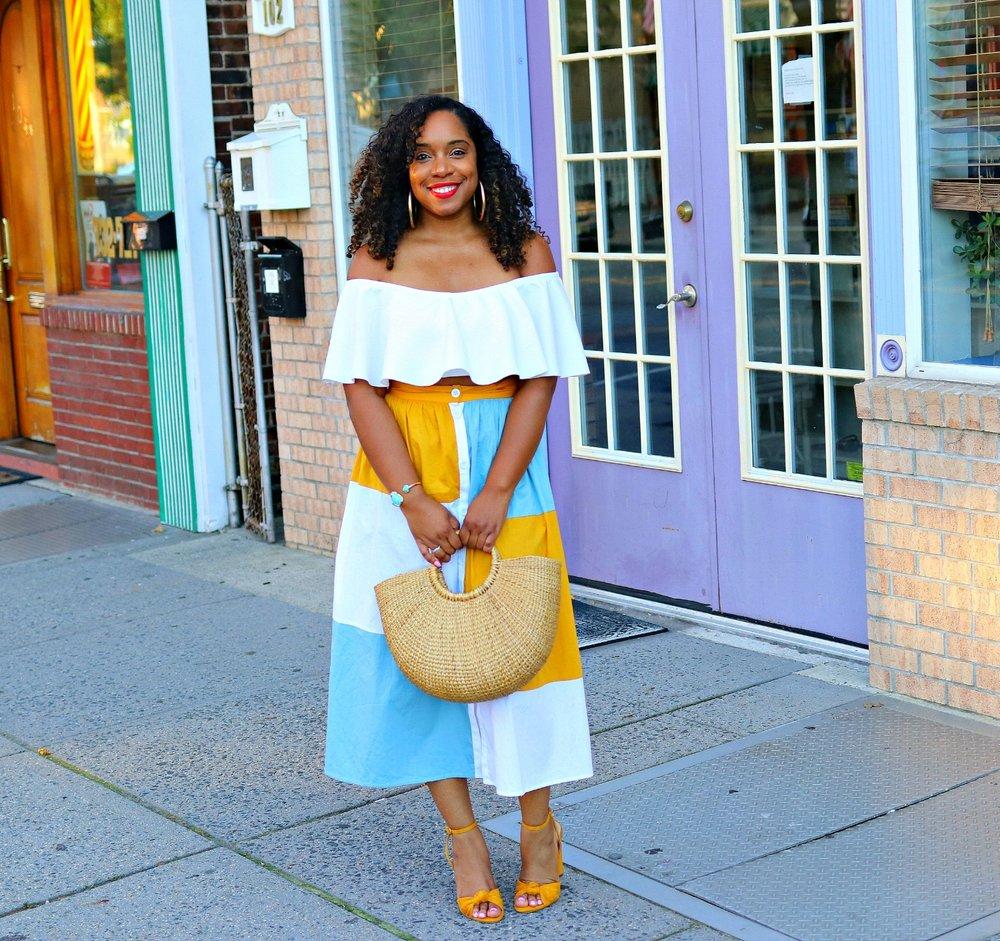 Summer style, bow mustard pumps