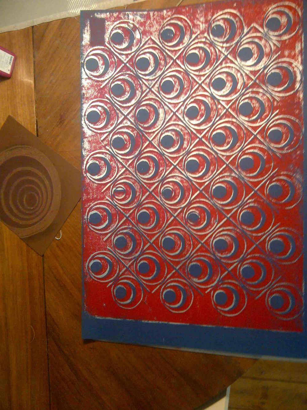 circles table .jpg