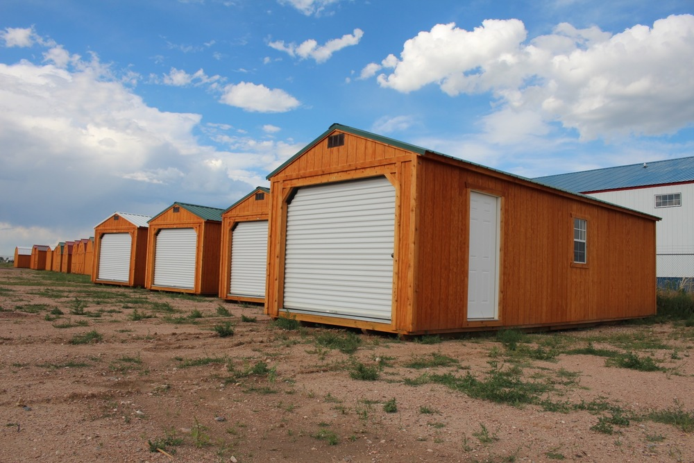 Cumberland Buildings has portable garages, storage sheds, lofted barns, cabanas, cabins, horse barns, and cottage sheds available in CO, WY, UT, NV, AZ, and NE.