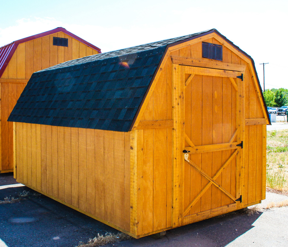 Do you need a small storage building to store your lawn mower or outdoor equipment? Cumberland Buildings has a small barn that is perfect for you!