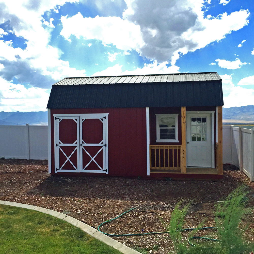 Cumberland Buildings Offers Side Lofted Barn Cabins That Are Perfectly  Suited To Be Turned Into A Guest House. Complete With A Small Porch, Front  Door, ...