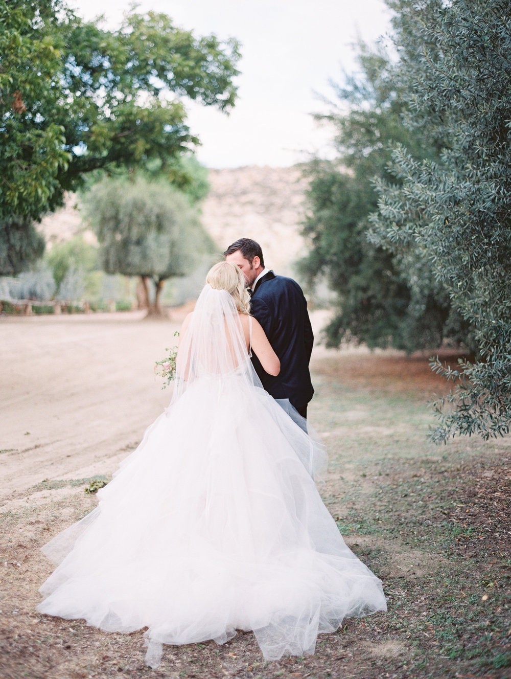 MALLORY DAWN PHOTO  |  OLIVE GROVE DREAMY SHOOT  |  PIROUETTE PAPER  |  INVITATION SUITE, CALLIGRAPHY, MENU AND PLACE CARDS  |  FALL WEDDING