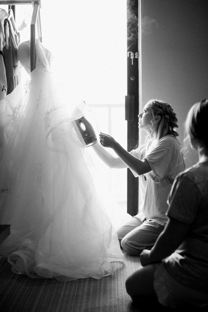 pirouettepaper.com | Wedding Stationery, Signage and Invitations | Pirouette Paper Company | Scripps Seaside Forum La Jolla Wedding | Savan Photography _ (30).jpg
