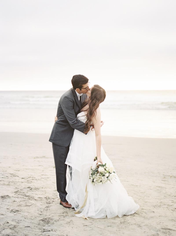 pirouettepaper.com | Wedding Stationery, Signage and Invitations | Pirouette Paper Company | Scripps Seaside Forum La Jolla Wedding | Savan Photography _ (112).jpg
