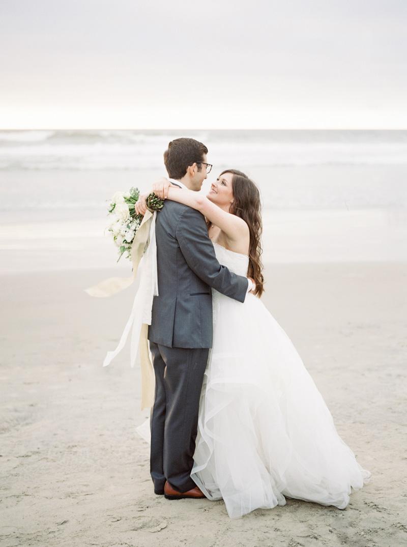 pirouettepaper.com | Wedding Stationery, Signage and Invitations | Pirouette Paper Company | Scripps Seaside Forum La Jolla Wedding | Savan Photography _ (117).jpg