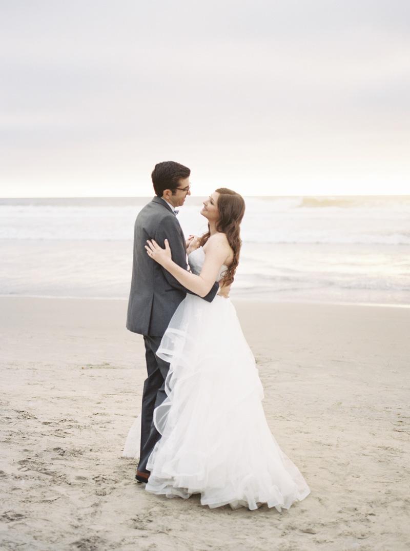 pirouettepaper.com | Wedding Stationery, Signage and Invitations | Pirouette Paper Company | Scripps Seaside Forum La Jolla Wedding | Savan Photography _ (124).jpg