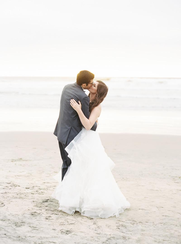 pirouettepaper.com | Wedding Stationery, Signage and Invitations | Pirouette Paper Company | Scripps Seaside Forum La Jolla Wedding | Savan Photography _ (125).jpg