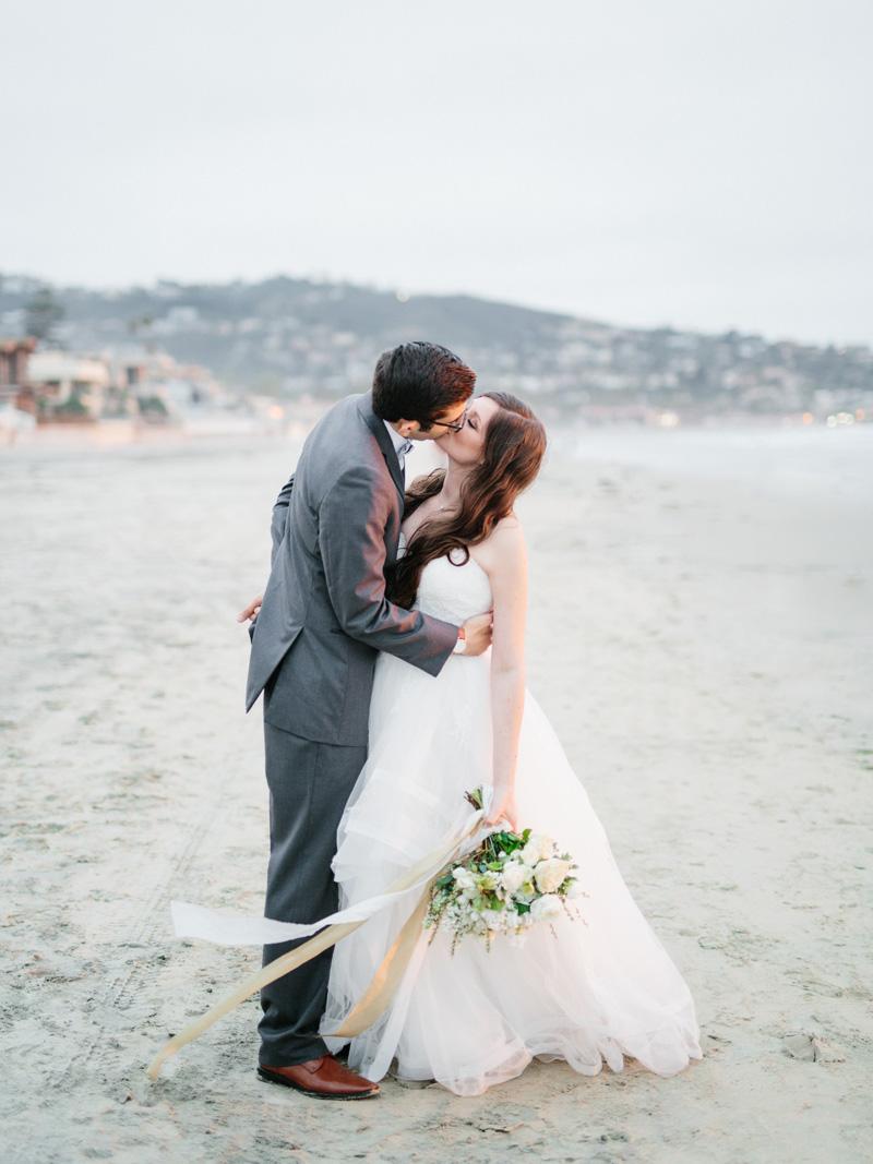 pirouettepaper.com | Wedding Stationery, Signage and Invitations | Pirouette Paper Company | Scripps Seaside Forum La Jolla Wedding | Savan Photography _ (128).jpg
