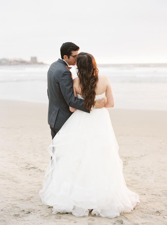 pirouettepaper.com | Wedding Stationery, Signage and Invitations | Pirouette Paper Company | Scripps Seaside Forum La Jolla Wedding | Savan Photography _ (139).jpg
