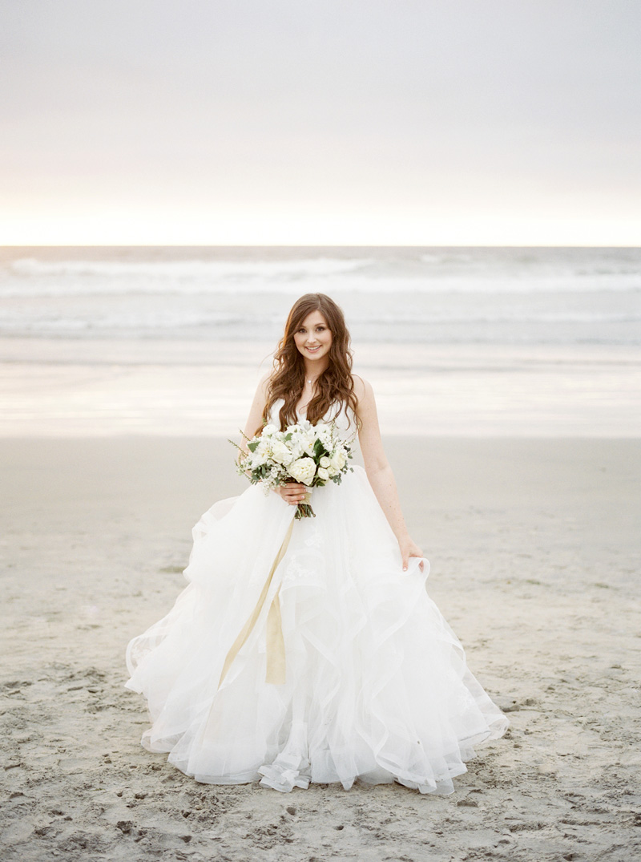 pirouettepaper.com | Wedding Stationery, Signage and Invitations | Pirouette Paper Company | Scripps Seaside Forum La Jolla Wedding | Savan Photography _ (147).jpg