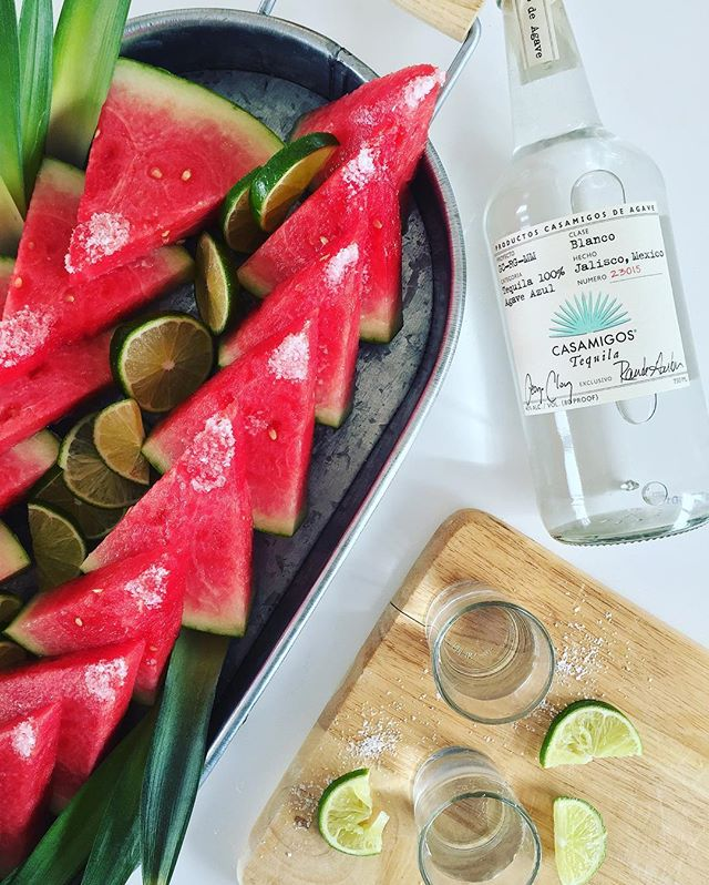 It's #NationalTequilaDay! You could celebrate with margaritas...orrrr just soak some watermelon slices in @casamigos with a sprinkle of salt & squeeze of lime. This way it's kinda healthy too, right? 🍉