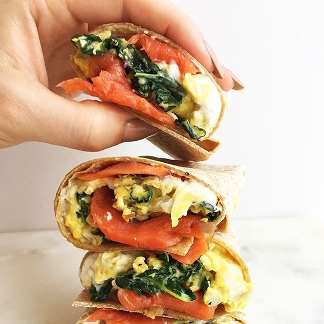 We created an Omega-3 burrito for @egglandsbest and not only is it delicious, but also a great source of nutrients! Did you know the human brain is about 60% fat? Consuming healthy sources of nutrients and fats like this powerhouse burrito helps benefit our brain's health. Recreate this at home with #EBeggs, kale and salmon wrapped up in a tortilla for an easy on-the-go breakfast - - - - Www.egglandsbest.com/recipe/omega-3-burrito/