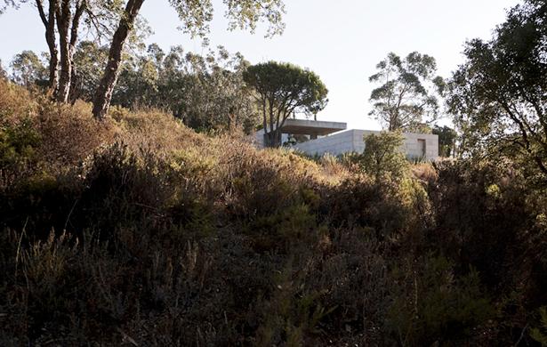 HOUSE IN PEDROGAO Paulo Durao Pedrogao, Portugal, 2010