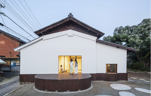 CONVERSION OF SAKE WAREHOUSE Jorge Almazán+Keio Univ Almazan Lab  Ichikawamisato, Japan, 2016