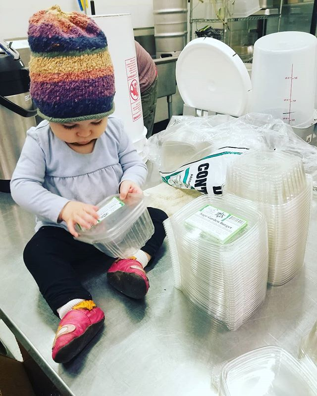 Starting them young!! Who else LOVES our Sage Garden Burger?!! Our little raw/vegan baby loved the onion bread 😍  #rawbaby #rawfoodist #vegankids #veganfamily #glutenfree #organic #organic #gentleparenting #childlabor #supportlocal #smallbusiness #businessfamily #businessowner #cutebaby