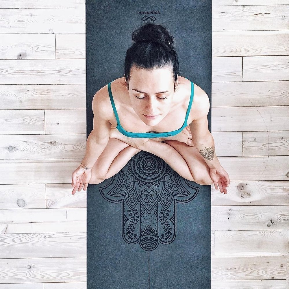 Photo from @anikoyoga-   https://www.instagram.com/p/BQgvWRgh6xJ/