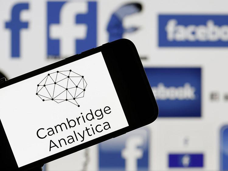 cambridge-analytica-facebook.jpg