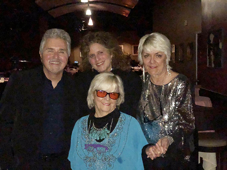 Steve Tyrell, Bonnie Greenberg, Angie and Ruth McCartney