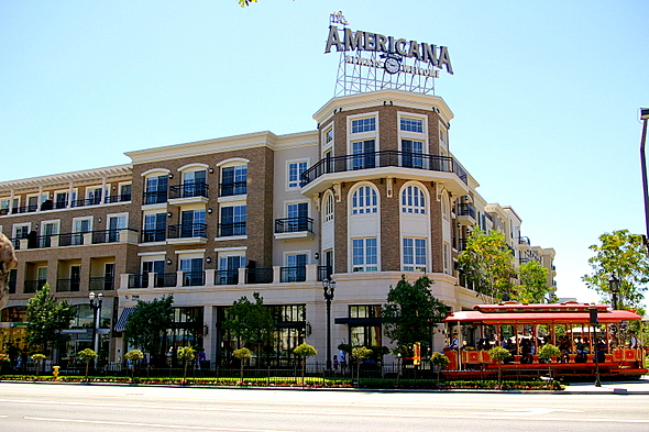 Glendale-Americana-Sign-With-Trolley-2-590x393.jpg