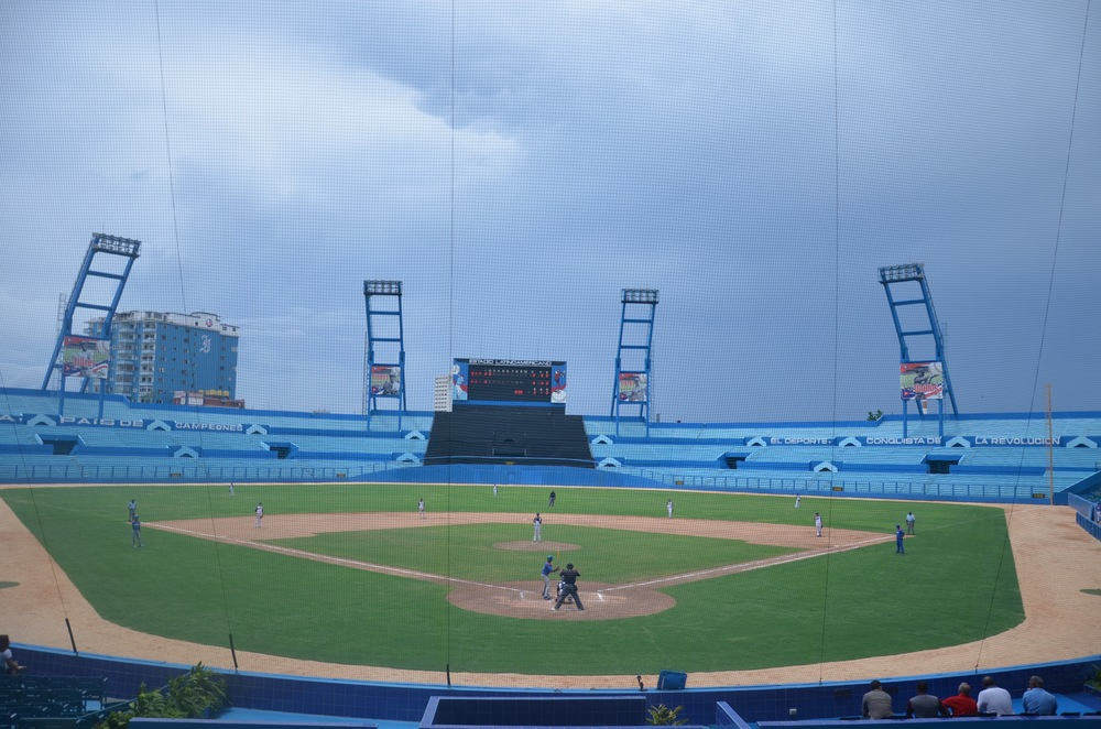 The 13u baseball team LA Steel Elite played in Cuba's legendary Estadio Latinoamericano stadium against a Cuban team of 13u kids.