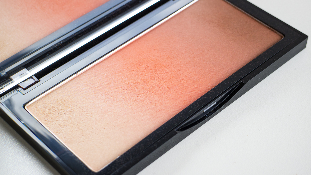 Kevyn Aucoin The Neo-Bronzer in Siena