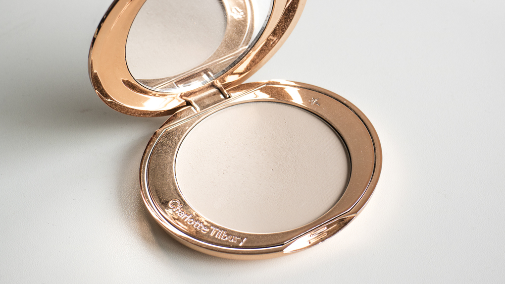 Charlotte Tilbury Airbrush Flawless Finish Micro Powder in 1 Fair