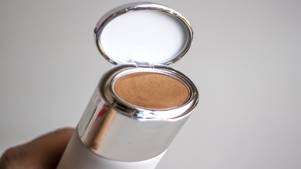 The Estee Edit Beam Team in Bronze - cream bronzer in cap