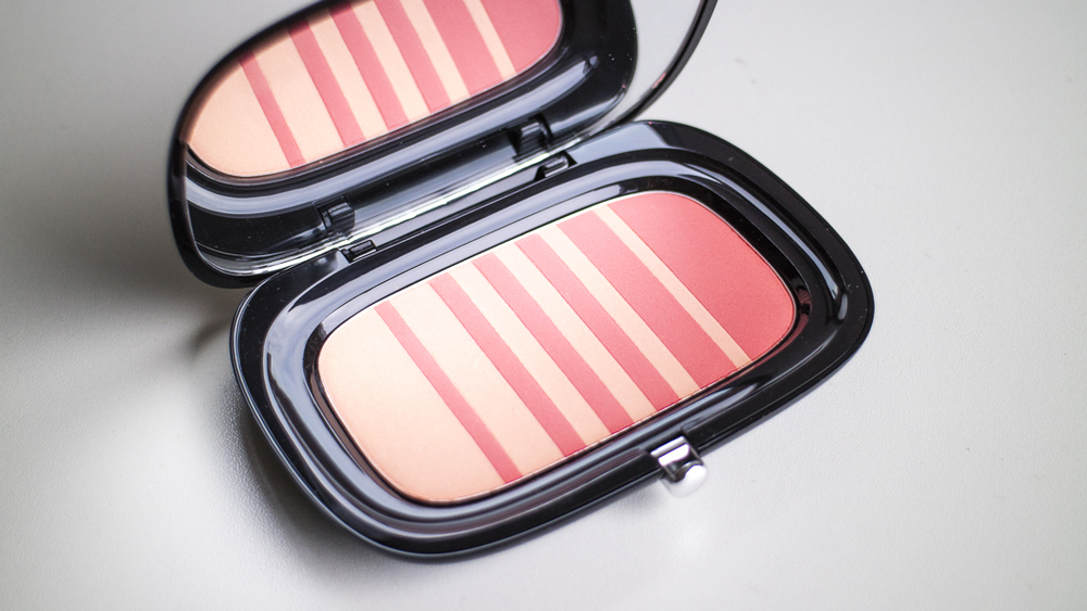 Marc Jacobs Air Blush in Lines & Last Night