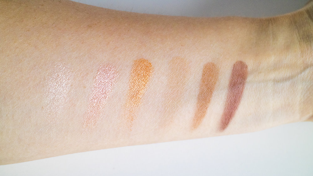 Viseart Highlight and Sculpt Palette swatched.