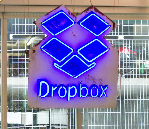 Client_Dropbox_1_Unbranded.jpg