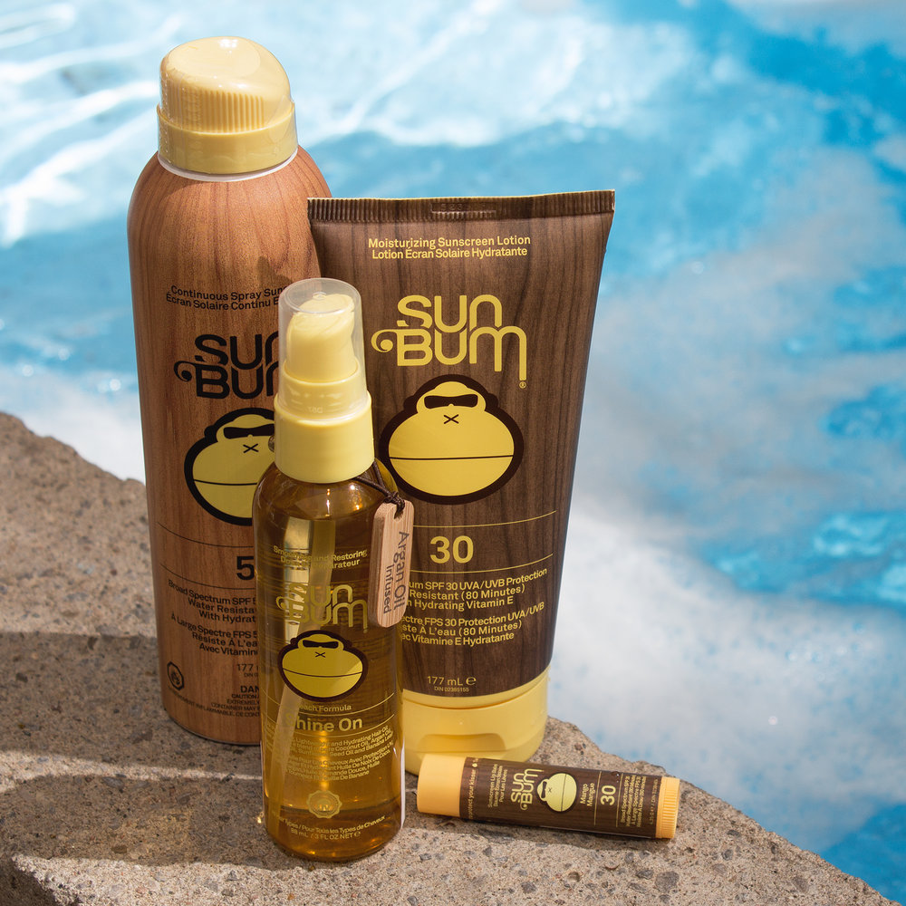 Sun Bum - Sun Bum sunscreen offers broad spectrum protection from UVA/UVB rays and Vitamin E, an antioxidant that helps to neutralize free radicals which are the main cause of premature skin aging. Sun Bum Sunscreens are tested, approved, and recommended by The Skin Cancer Foundation (SCF).