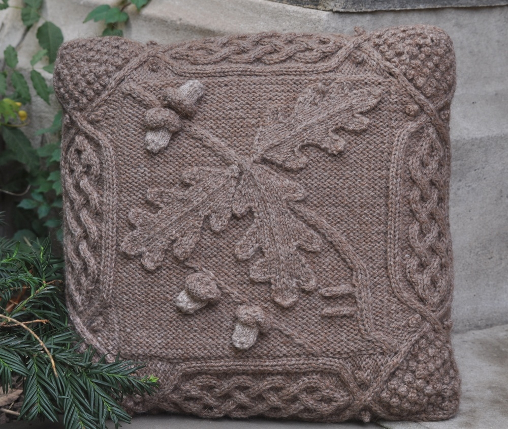 Oak Pillow Front for Pattern and Web large.jpg