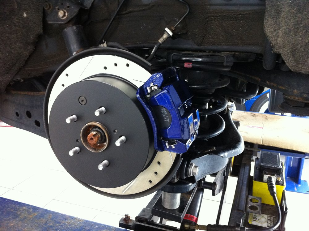 Brake& Calipers.JPG