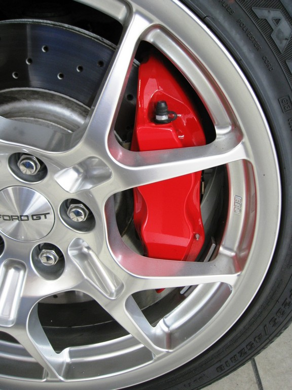 Ford GT Wheels,Brakes& Calipers (1).jpg
